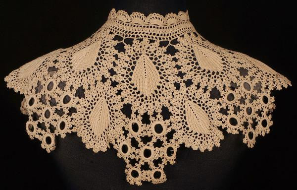 Antique Crochet Lace Collar Victorian Hand Made - Poppy's Vintage Clothing