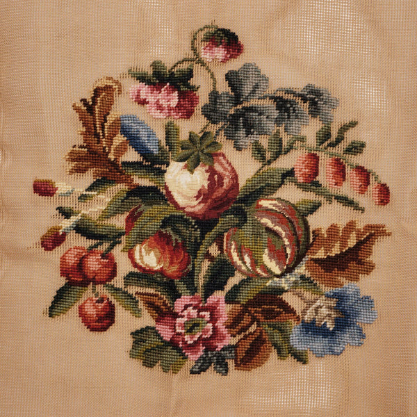 Vintage-Needlepoint-Canvas-Floral-Spray