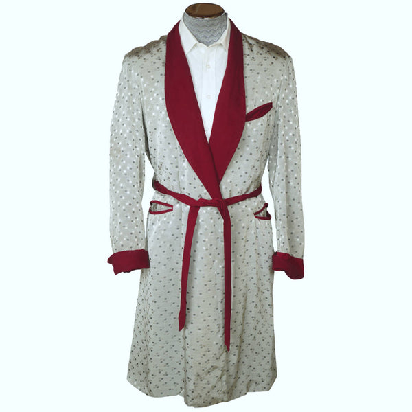 Vintage 1940s Mens Dressing Gown Shiny Silver Grey w Burgundy Trim Size M L - Poppy's Vintage Clothing