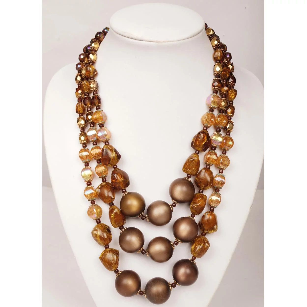 1950s Stunning Glass and Plastic Necklace