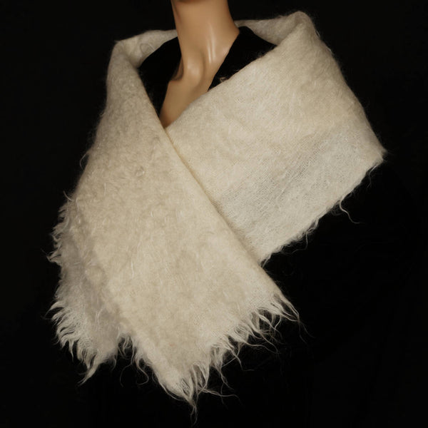 "Vintage Pure Scottish Mohair Stole Shawl Hudsons Bay Off White 19"" x 70"" - Poppy's Vintage Clothing"