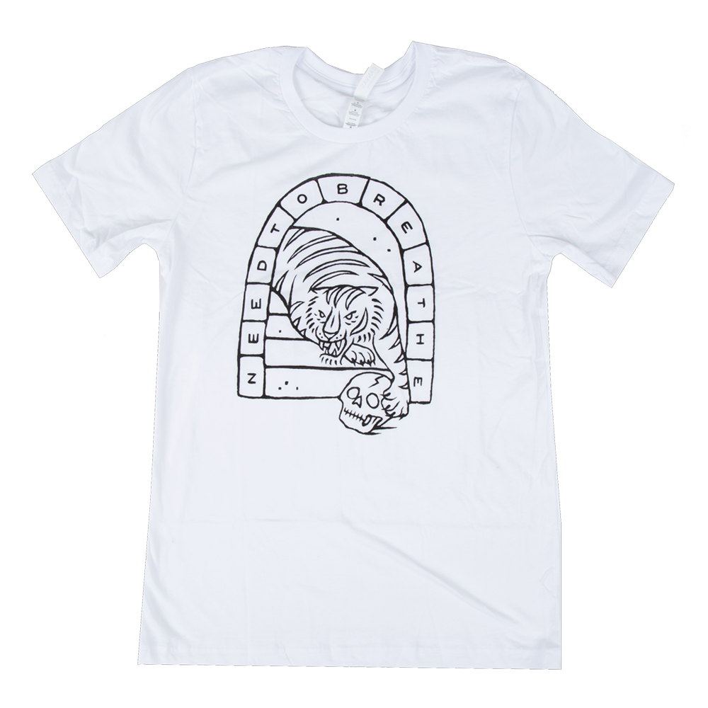 roaring lion white t-shirt