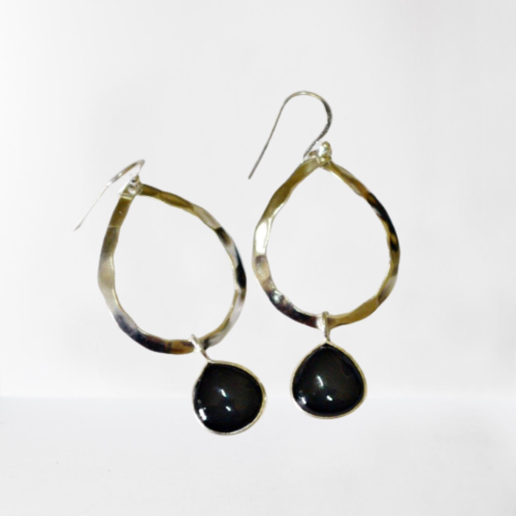 Black Onyx teardrop gemstone hammered sterling silver hoop earrings