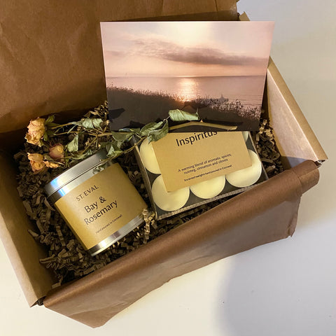Warming Winter candle gift box