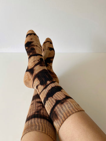 Brown tie dye sports socks