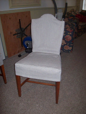 Dining chair with no piping or skirt.