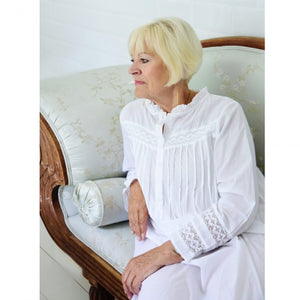 "Classic White Nightie ""Barbara"""