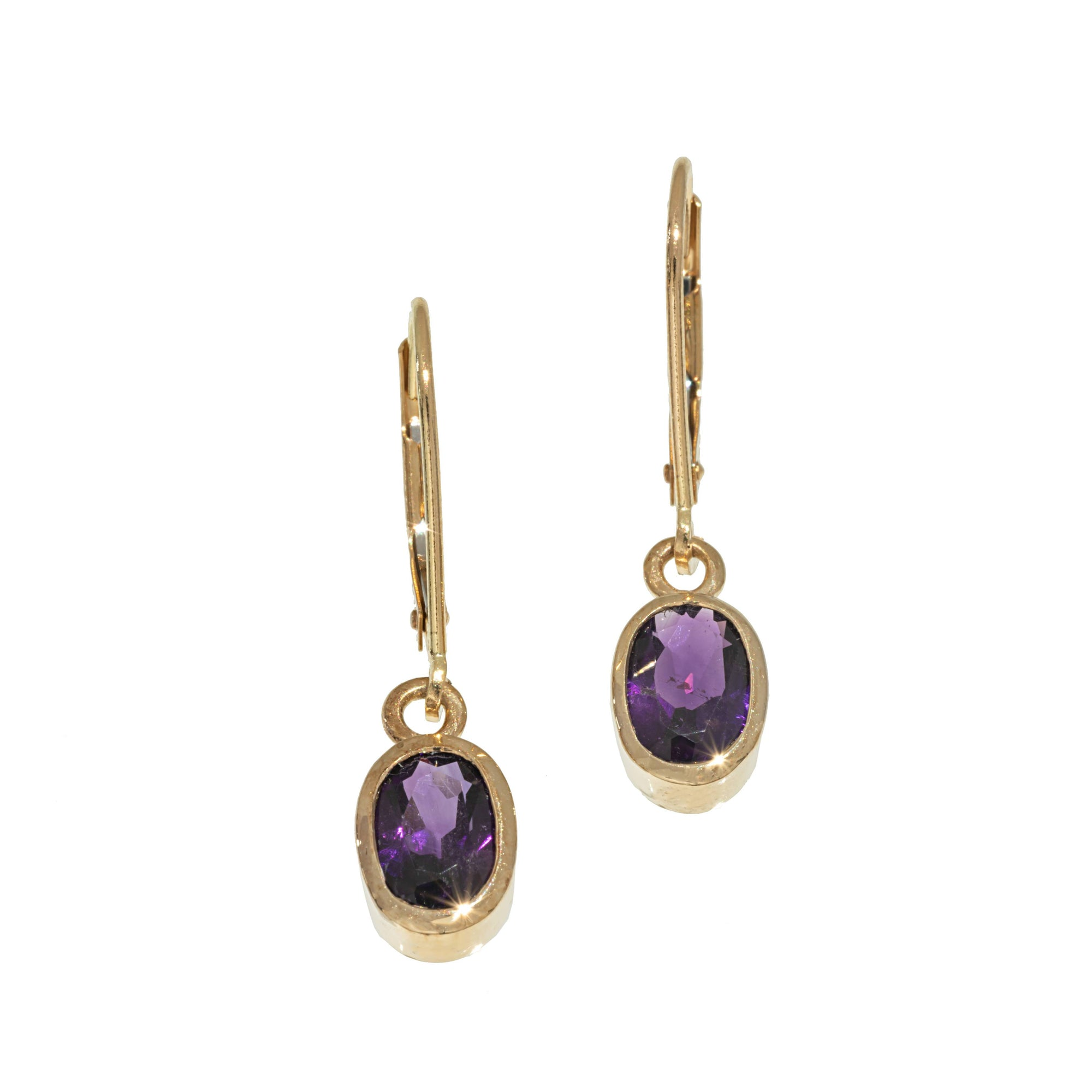 Gold Oval Amethyst Dangle Earrings in