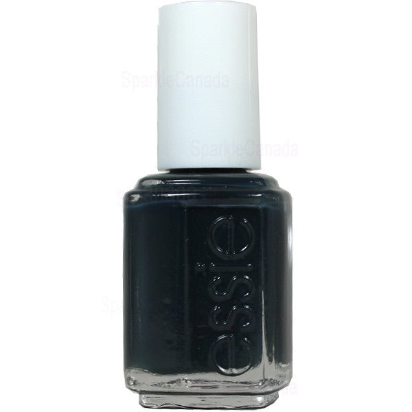 Essie Nailpolish mind your mittens