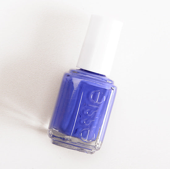 Essie Nailpolish chills and thrills