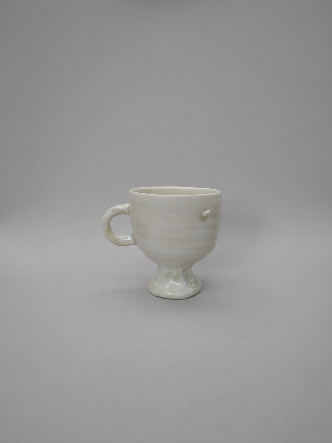 Squishy Footed Porcelain Pedestal Mug with Double Penetration & Green Tea Celadon