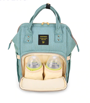 Medium sized, functional mummy-baby backpack.