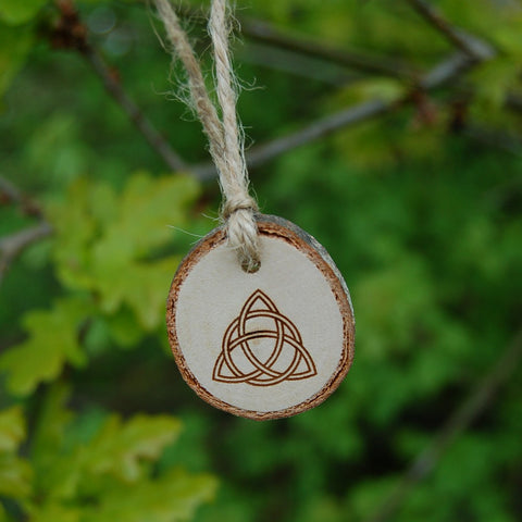 Blessing Charm - Triquetra