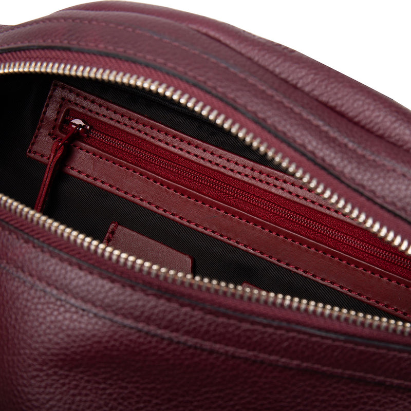 14700 Belt Bag Burgundy interior