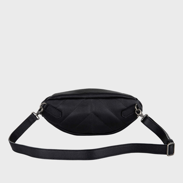 14701 Belt Bag Handcuffs Black back