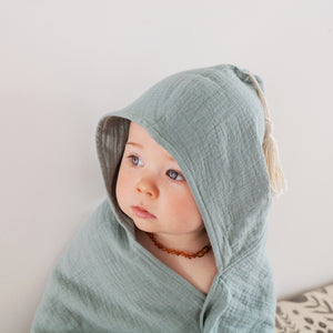 Organic muslin hooded baby towel