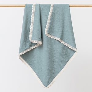 Organic muslin baby blanket with lace