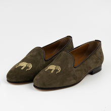 Load image into Gallery viewer, FABULA & TALES x '74ESCAPE | Suede Royal Slippers | Military Green