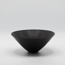 Load image into Gallery viewer, ELIZABETH GORRINGE | BOWL IN MATT BLACK #2