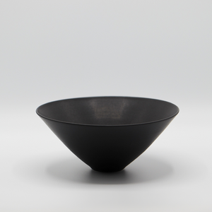 ELIZABETH GORRINGE | BOWL IN MATT BLACK #2