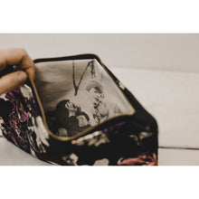 Load image into Gallery viewer, Colorful floral photo purse in ivory and black
