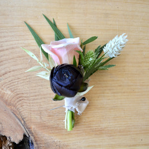 Load image into Gallery viewer, Boutonnière