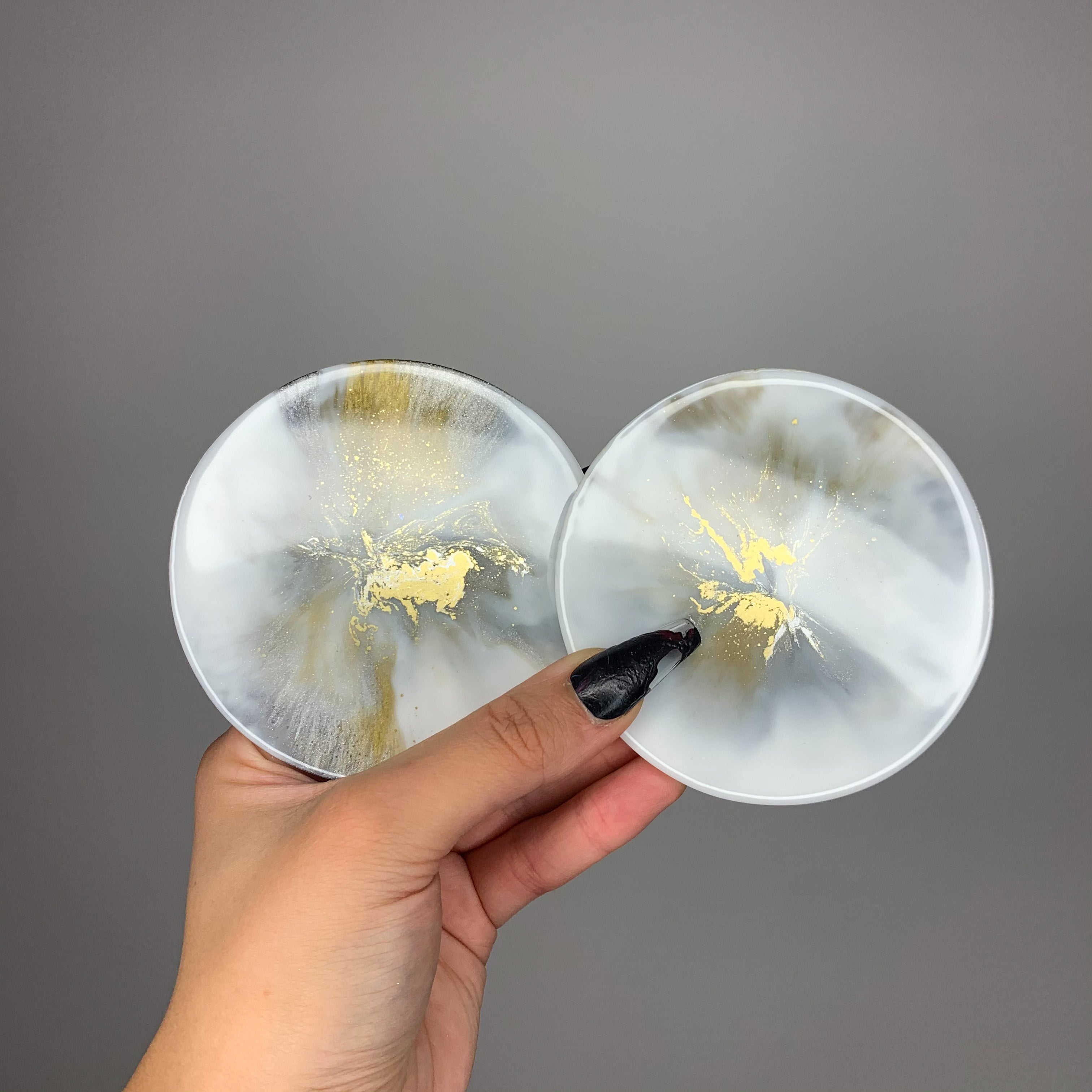 Set of 2 White, Silver & Gold Round Coasters