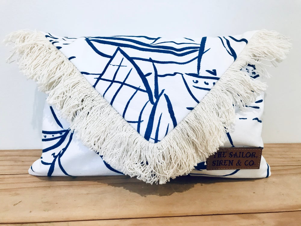 The Sail Away Clutch