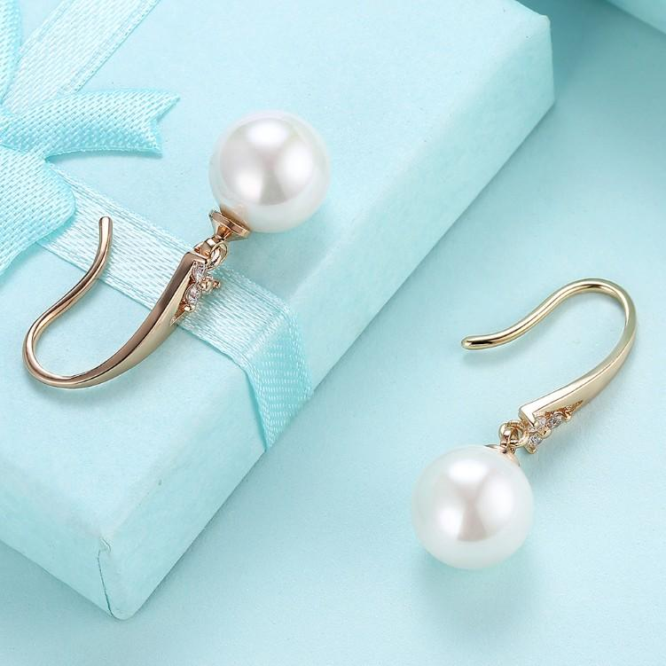 Tearjerker Classic Pearl Earrings in 18K Gold