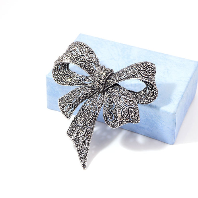 Bow Down Brooch