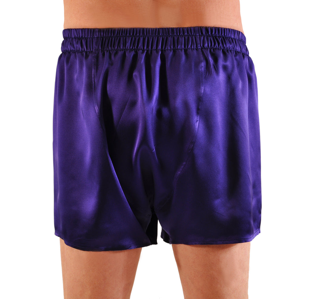 No rear center seam for comfort (shown on silk boxer)