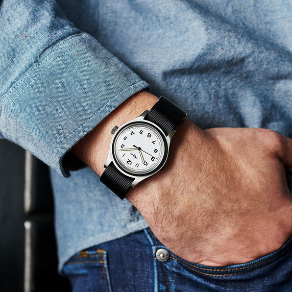 LMM-01 Field Watch en Blanc