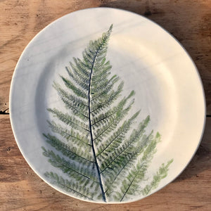 Plate With Green Fern, 20 cm