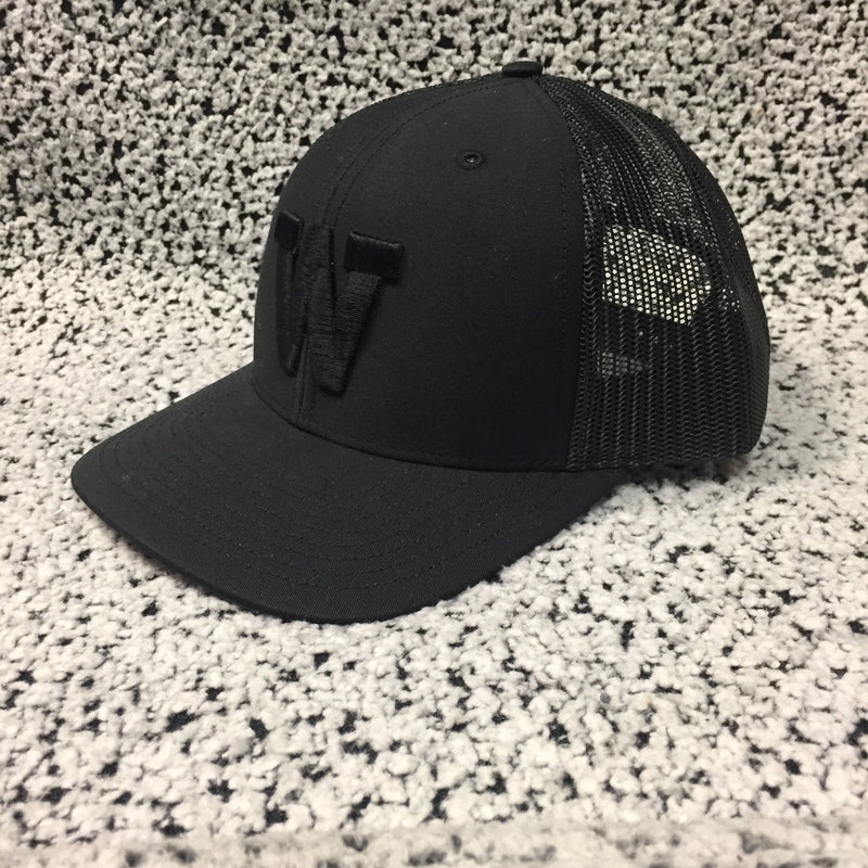 Eagles - Black With Black Mesh Richardson Snapback Cap - Black W