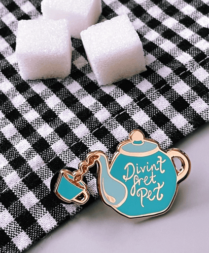 Divint Fret Pet - Enamel Pin Badge
