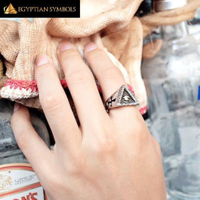 EGYPTIAN RING - Illuminati Pyramid