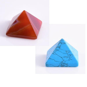 EGYPTIAN FIGURINE - PYRAMID (AGATE QUARTZ)