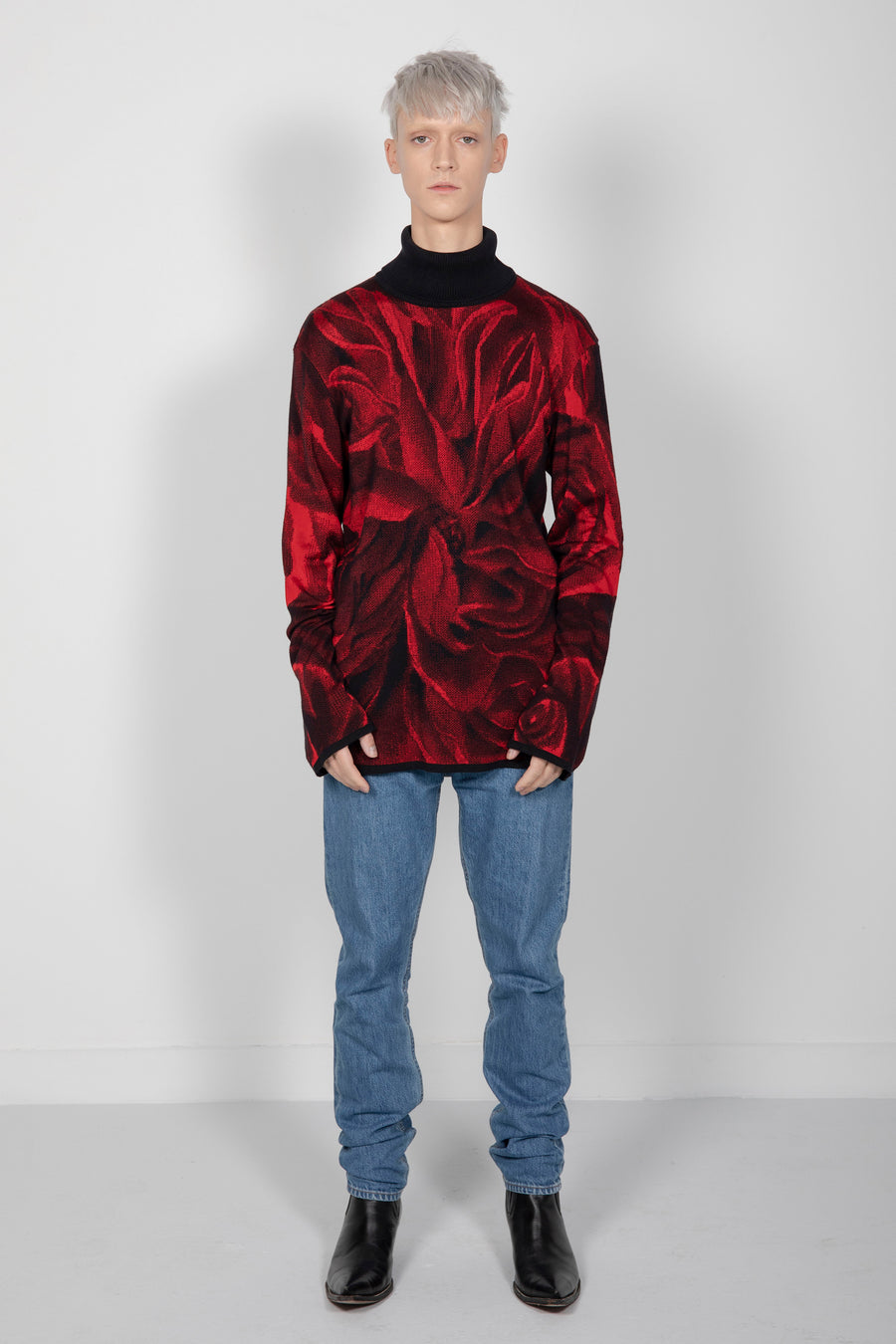 Rollneck Red Rose Jacquard