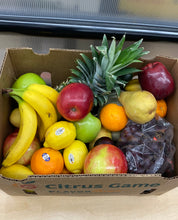 Load image into Gallery viewer, Large Assorted Fruit Box