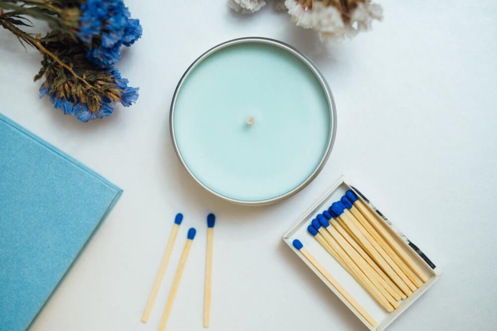 vegan soy wax candle for the vegan gift guide: 20 best vegan gifts in Australia