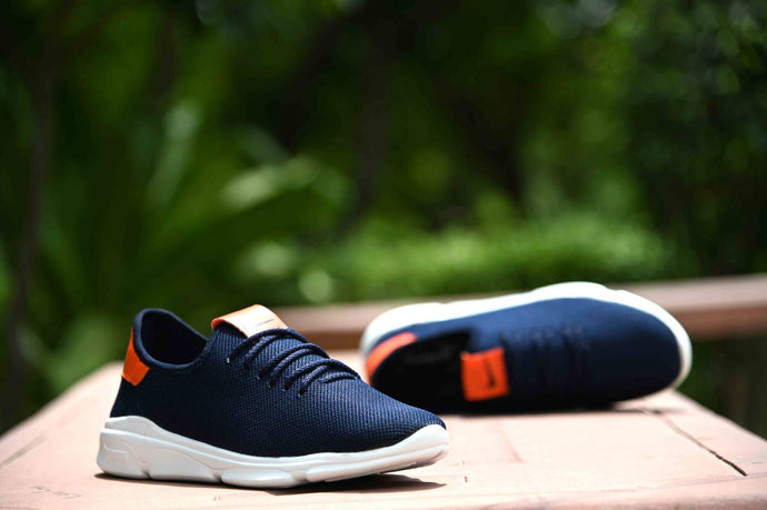 Elegant Blue Solid Canvas Sports Shoes