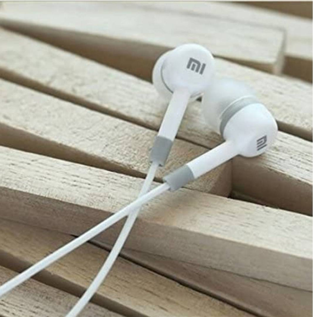 Stylish White Wired Earphone with 3.5 mm Jack And Mic