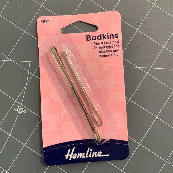 Hand Sewing Needles: Bodkins Accessory | Natasha Makes