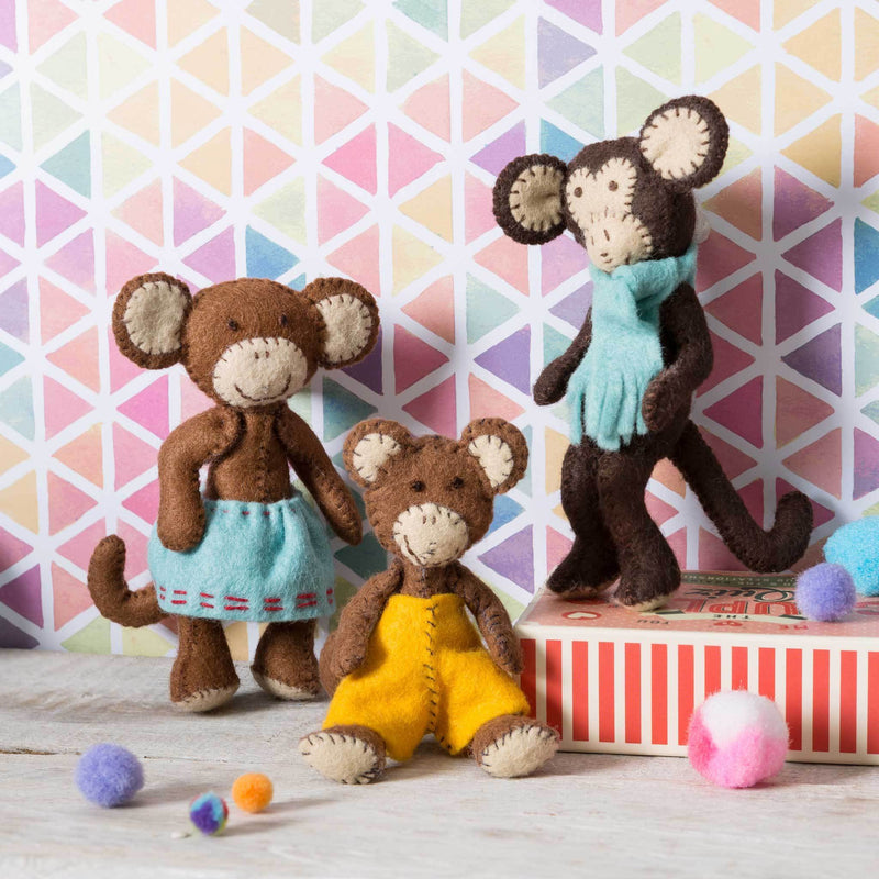 Corinne Lapierre Monkey Family Felt Craft Kit Kit | Natasha Makes