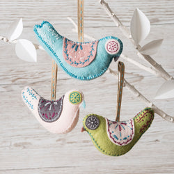 Corinne Lapierre Scandinavian Birds Felt Craft Kit Kit | Natasha Makes