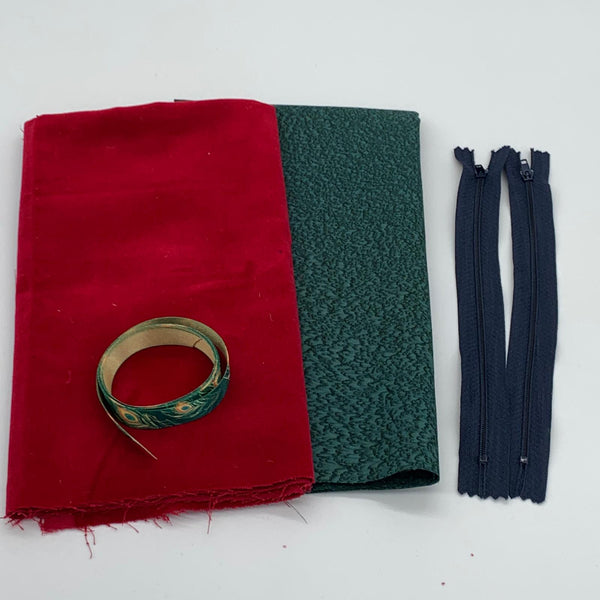 Velvet Ribbon Pouch Kit: Red
