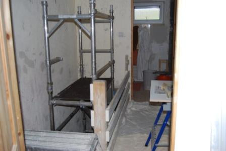 Women's plastering course