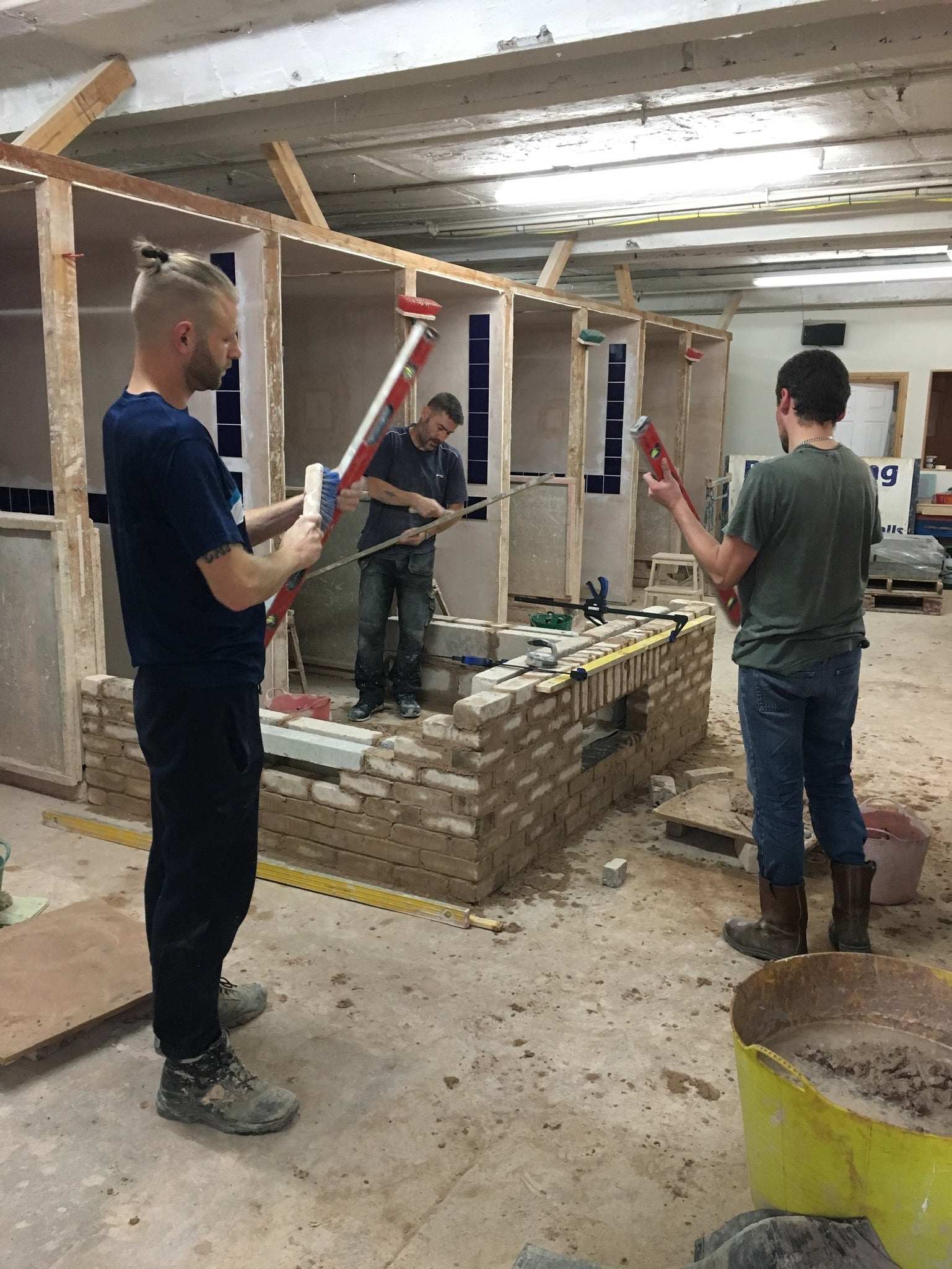 Bricklaying Course - Cavity Walls