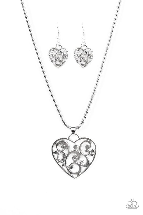 Paparazzi Filigree Your Heart with Love - Silver