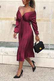 V Neck Long Sleeve Pleated Dress